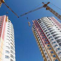 Президент поручил увеличить объем строительства жилья к 2024г.
